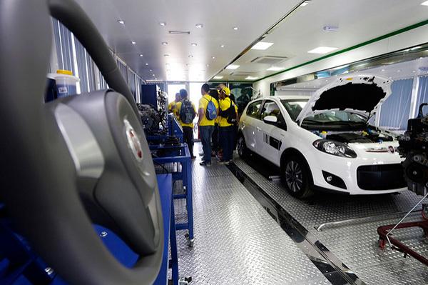 Unidades-móveis-automotiva.jpg