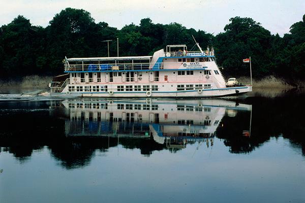 Unidade-móvel-barco-escola-Samaúma-5.jpg