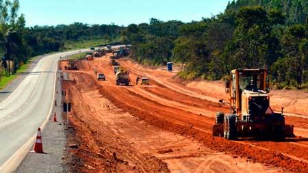 Obras de serviço de infraestrutura para o transporte