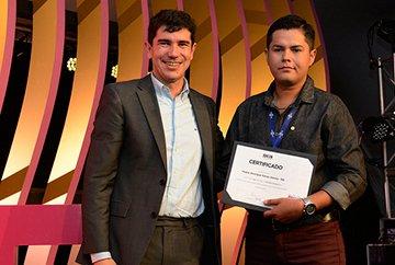 Pedro-Henrique-Farias-Vianna-Segundo-Lugar-Prêmio-IEL-Estágio.jpg