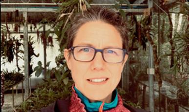 Lorraine Smith, escritora Texto alternativo da sua imagem