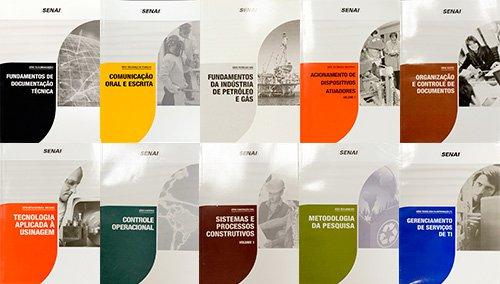 Livros-didáticos.jpg