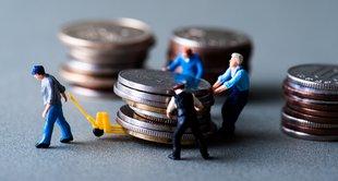 imagem de moedas e trabalhadores representando contribuição social