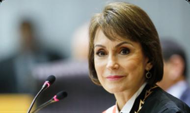 Ministra Maria Cristina Peduzzi Texto alternativo da sua imagem