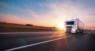 imagem de um caminhão representando vale-pedágio