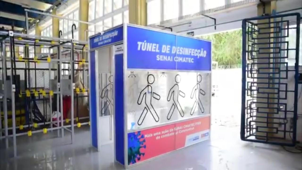 SENAI Cimatec cria túnel de desinfecção para profissionais de saúde