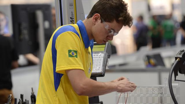 Portal da Indústria entrevista Richard da Silva, brasileiro com o melhor desempenho no WorldSkills