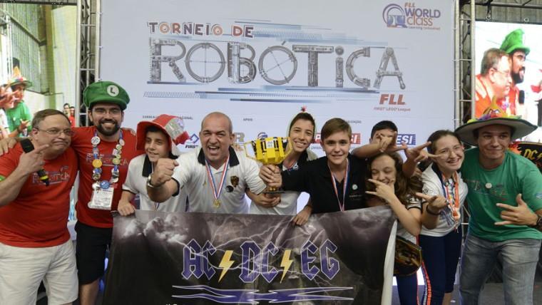 Oito equipes se classificam para o Torneio Nacional de Robótica na etapa de São Caetano do Sul