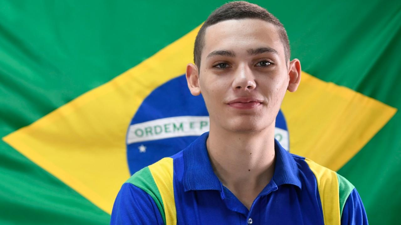 Melhor do Brasil em Manutenção de Veículos Pesados, Paulo Vitor se prepara para a WorldSkills 2019