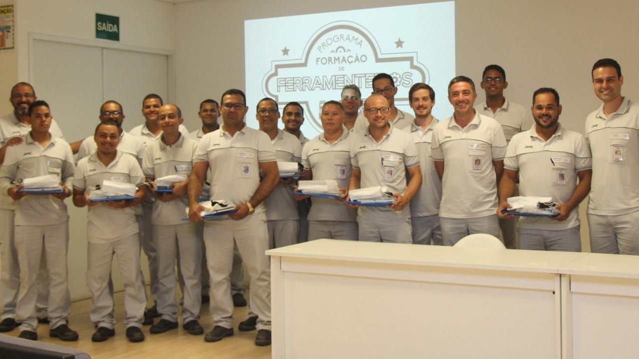 Jeep e SENAI qualificam profissionais para fábrica em Pernambuco