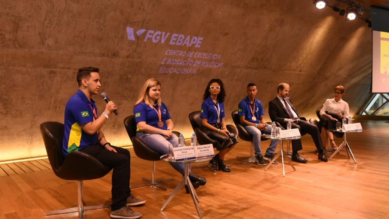 Curso técnico ajuda a escolher melhor a profissão, diz medalhista da WorldSkills