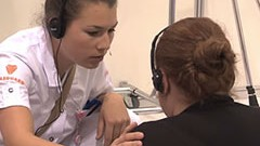 Vídeo: Competidor de Cuidados de Saúde e Apoio Social deve ir além da técnica e ser bom em comunicação