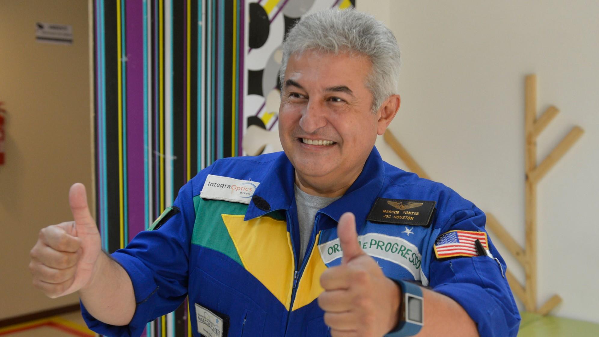 O SENAI foi a pista de onde eu decolei para realizar meus sonhos, diz astronauta Marcos Pontes, que também estudou no SESI