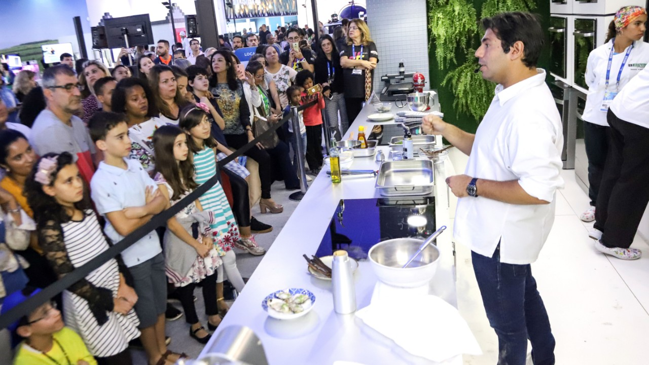 Para Felipe Bronze, criatividade, especialização e tecnologia são fundamentais para a gastronomia moderna