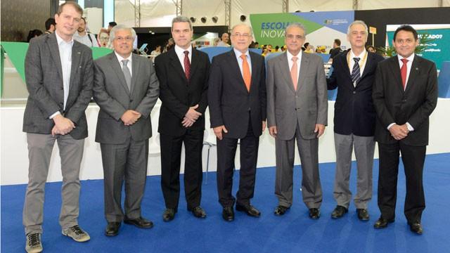 Presidente do TCU e ministros da Educação e do Trabalho visitam a Olimpíada do Conhecimento