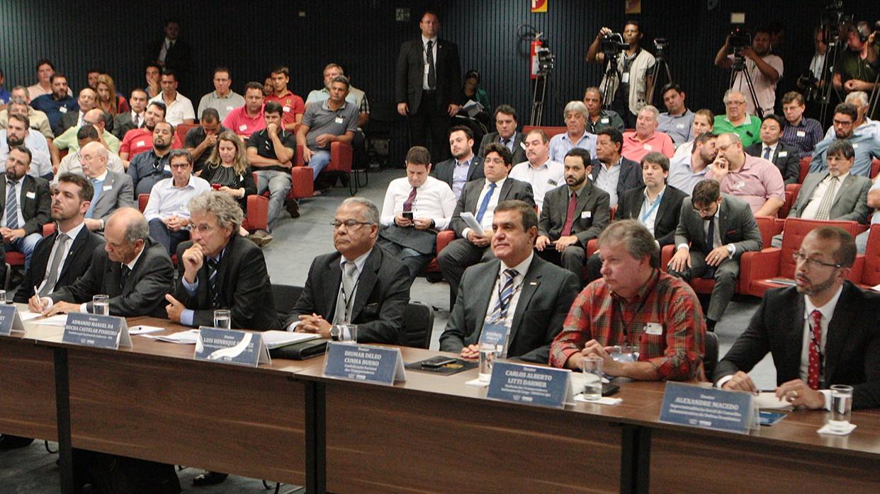 Tabelamento do frete deve ser abandonado para permitir que o mercado funcione em liberdade, defende CNI em audiência no STF