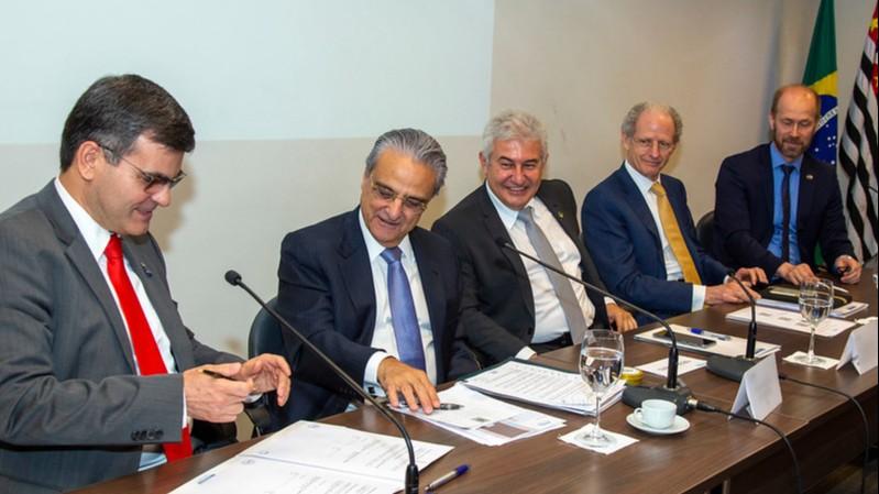 CNI e Apex-Brasil firmam parceria para promover inovação