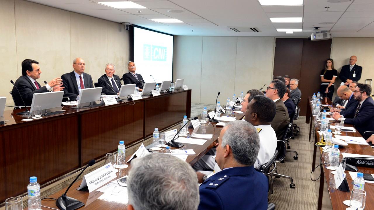 Conselho da CNI apoiará projetos estratégicos da base industrial de defesa e segurança