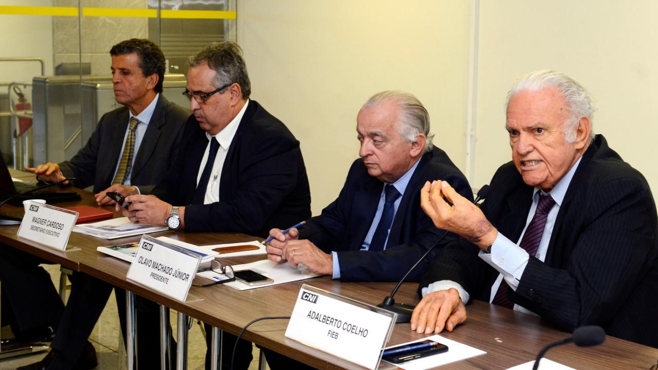 Reestruturação do setor elétrico deve buscar a competitividade da economia brasileira