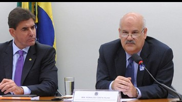 Brasil deve mudar estratégia e multiplicar redes de acordos de livre de comércio, diz CNI