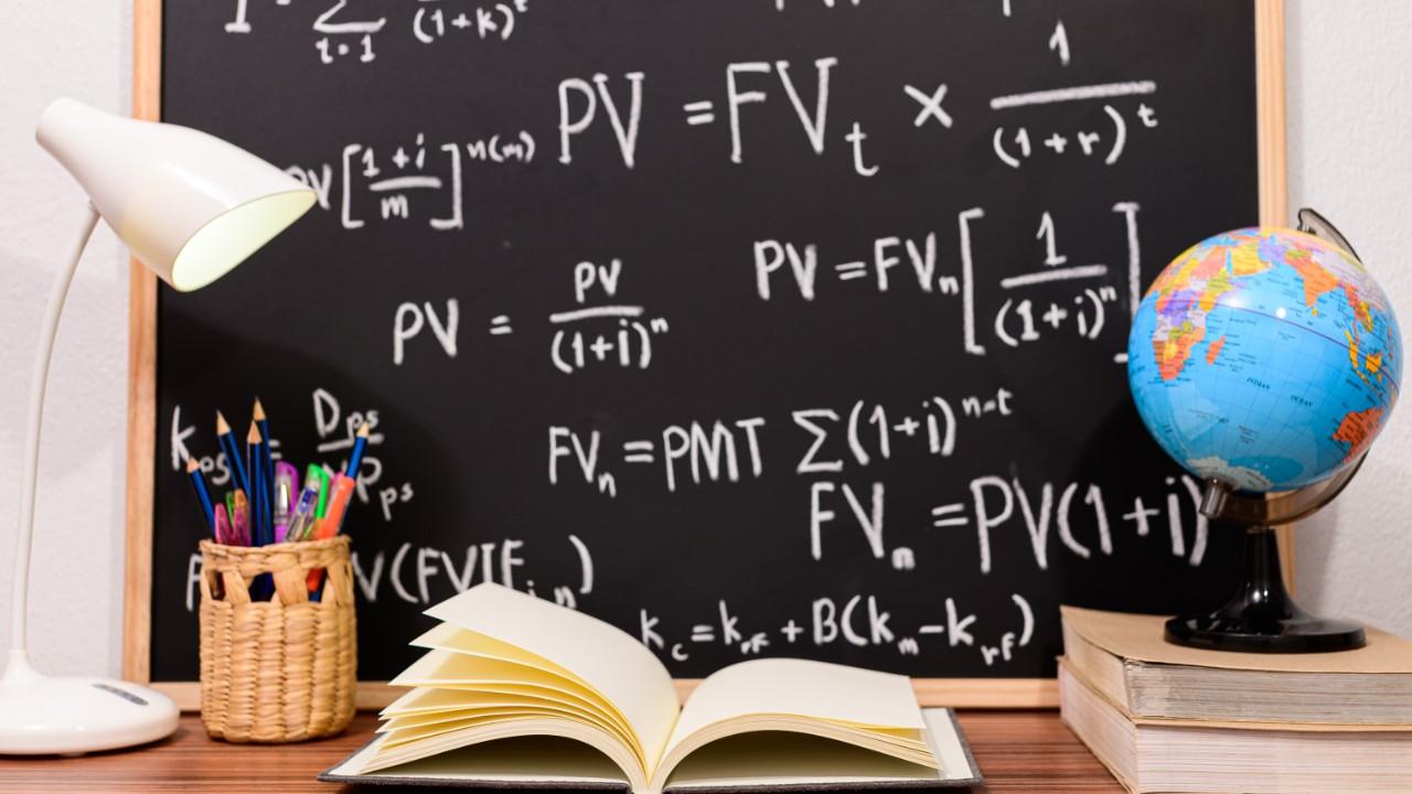 Dia do Professor: docentes relatam desafios, conquistas e motivações da carreira