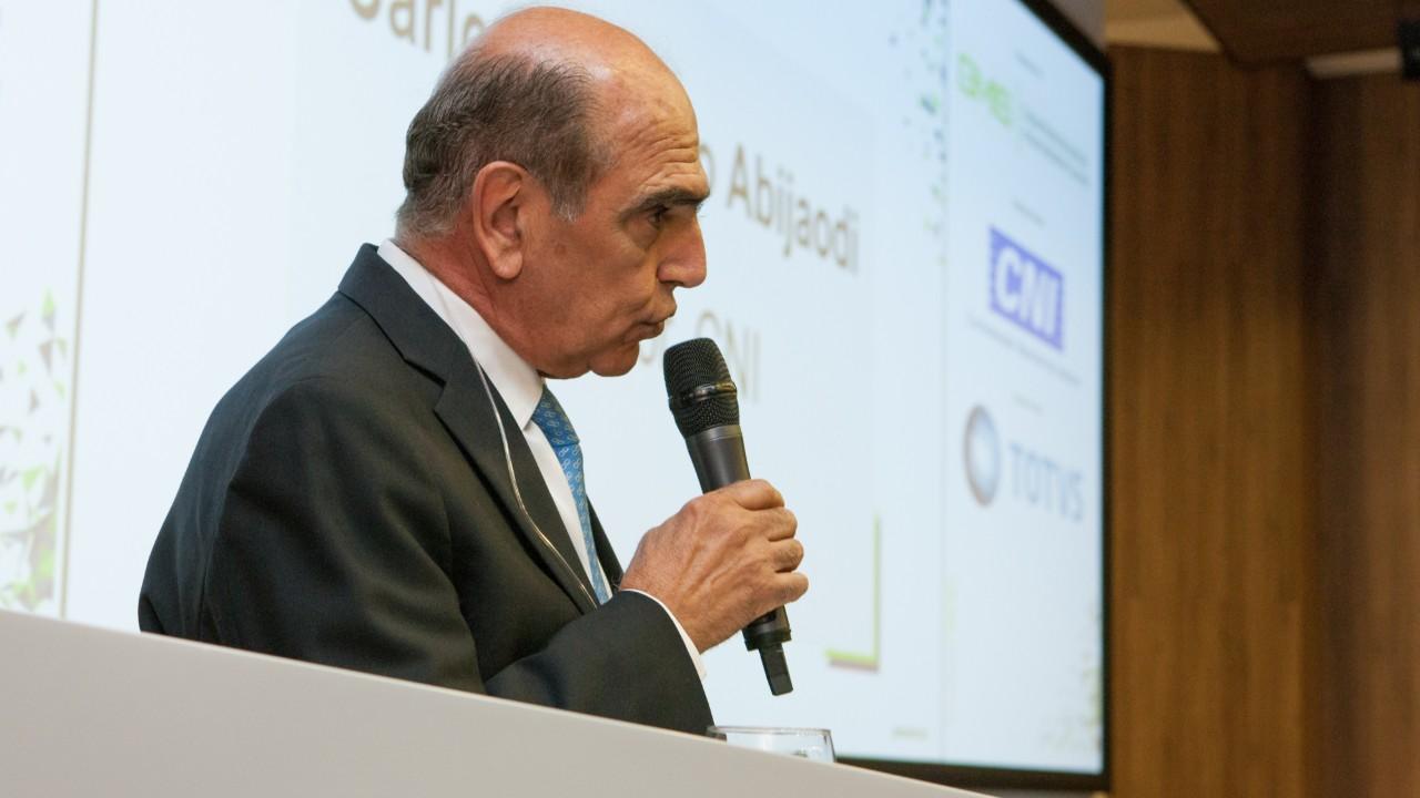 Especialistas discutem os principais desafios da Indústria 4.0 para a política industrial