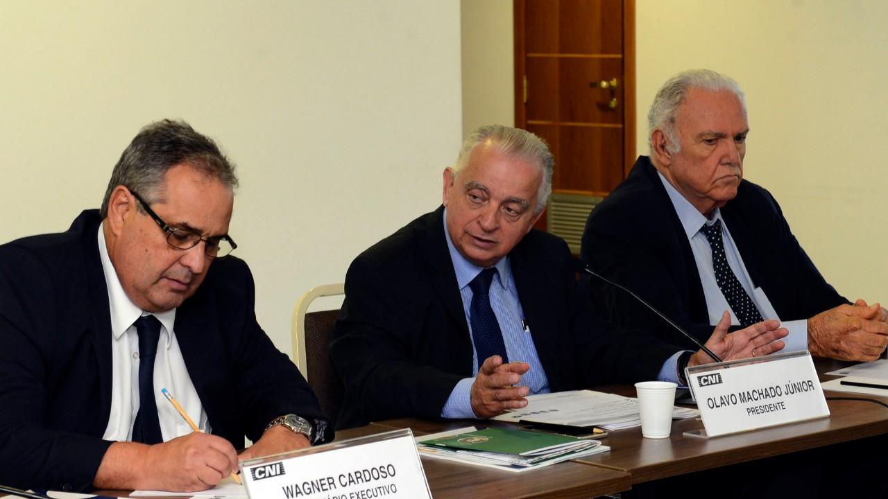 CNI defende harmonização de procedimentos nos portos e redução na burocracia para despacho de navios