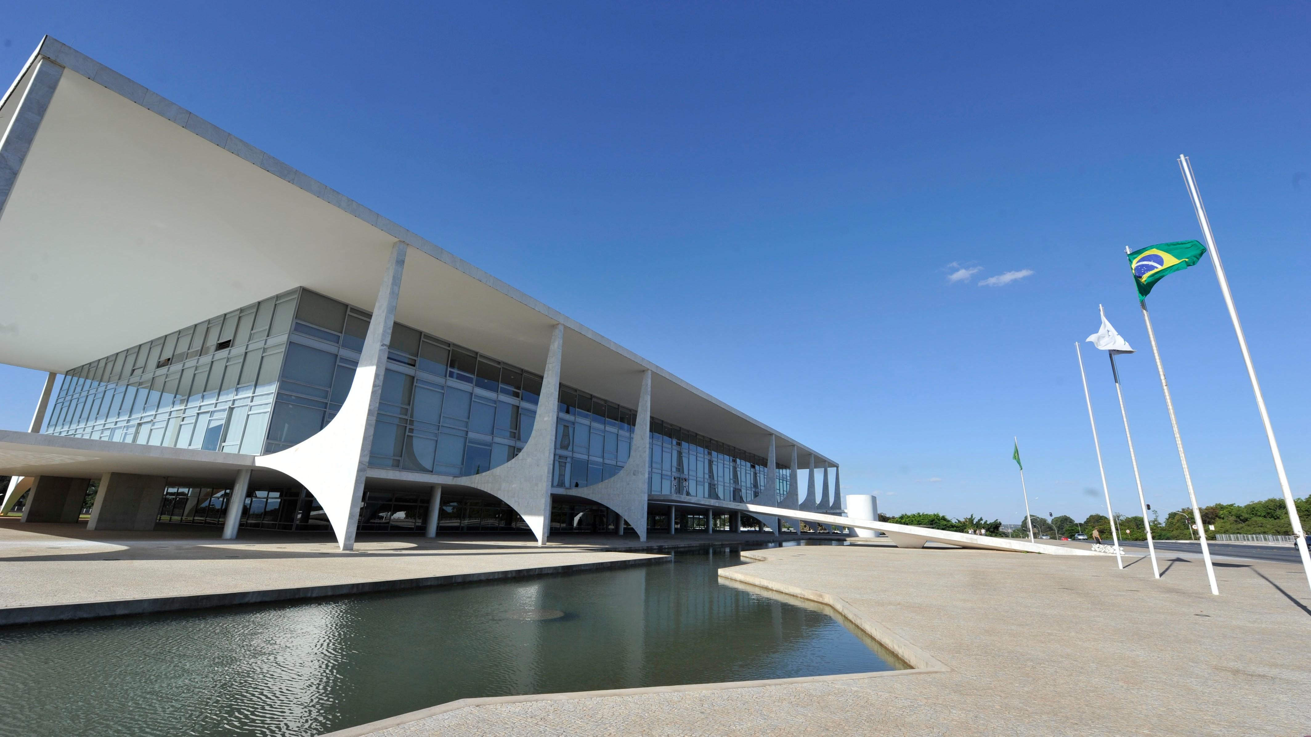 CNI-Ibope: 5% dos brasileiros consideram  o governo Temer  ótimo ou bom