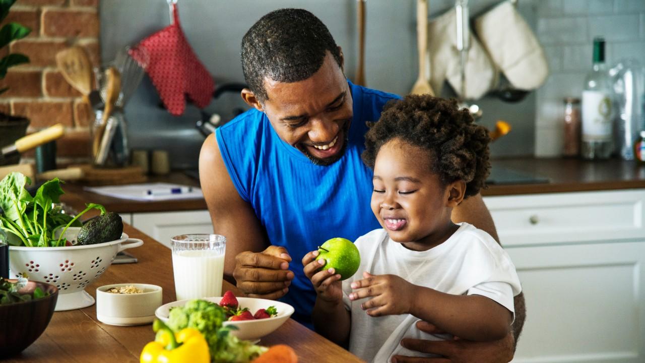 Dicas do SESI: Alimentação das crianças durante a quarentena requer atenção
