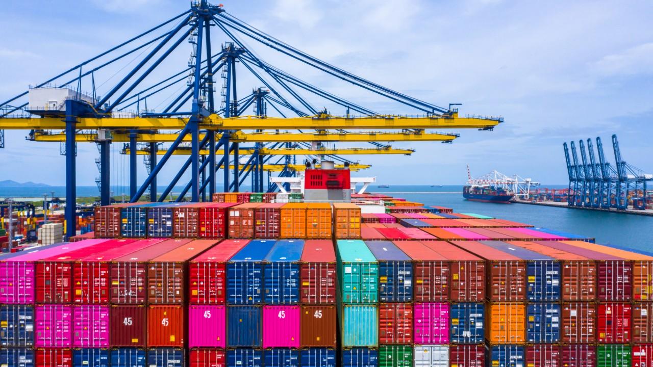 Setor privado identifica 17 novas barreiras comerciais  entre março e maio, mostra CNI