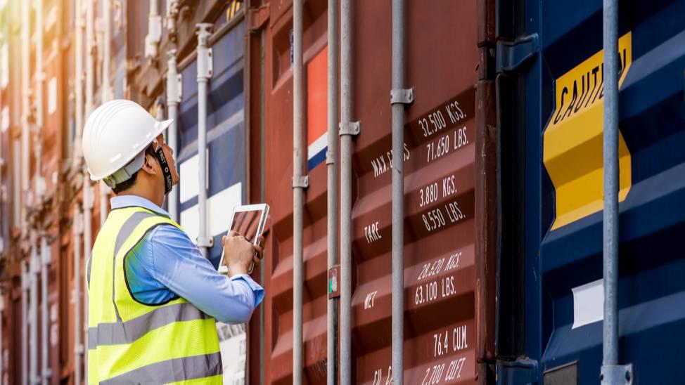 CNI e 50 entidades industriais pedem fim da cobrança ilegal de raio-x nos portos brasileiros