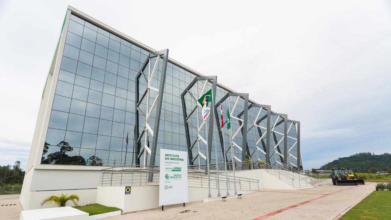 Saiba onde estão e como funcionam os nove Centros de Inovação do SESI