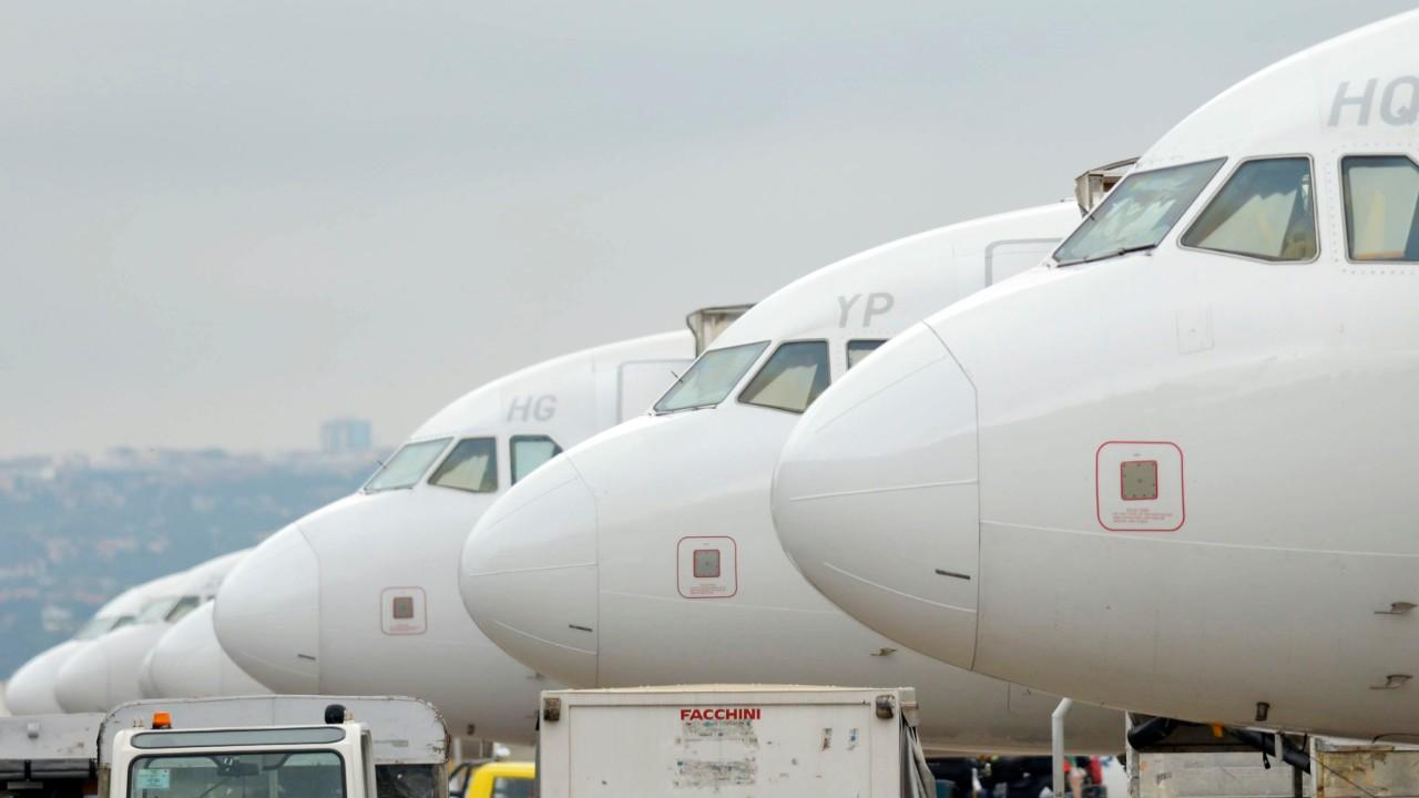 Movimentação de carga aérea cai 48% em abril na comparação com mesmo mês de 2019