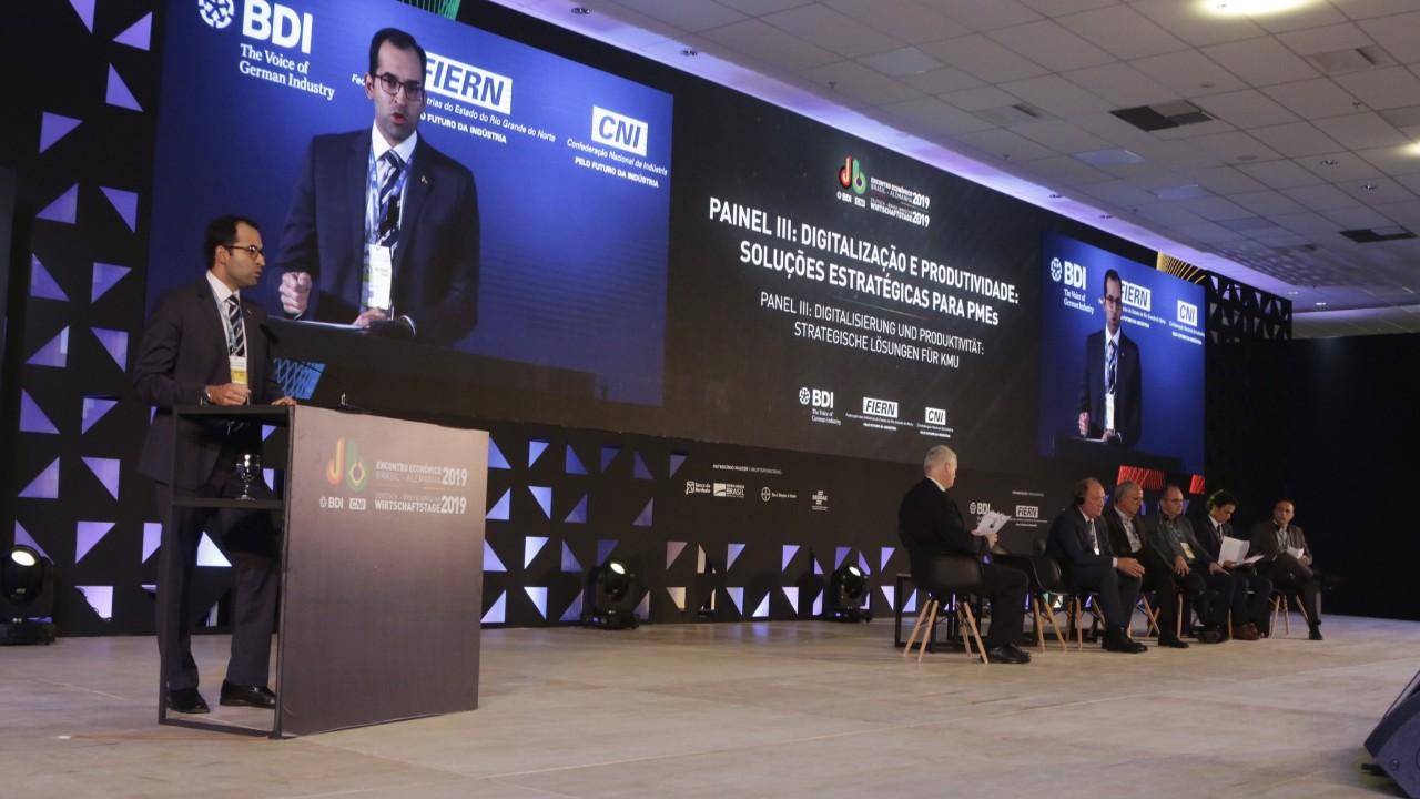 Segurança digital e capacitação de mão-de-obra preocupam empresários no processo de digitalização das empresas