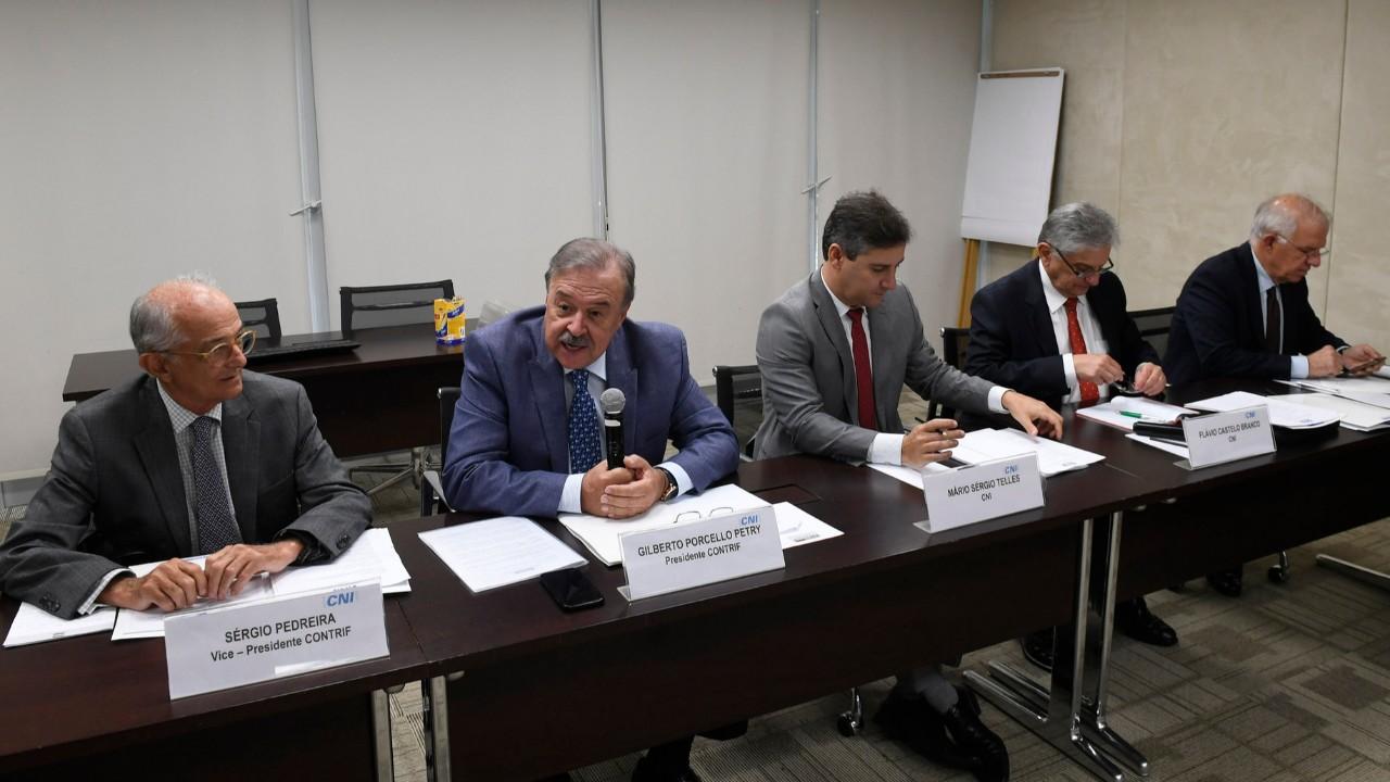 Novo Conselho Temático da CNI discute e propõe avanços no sistema tributário