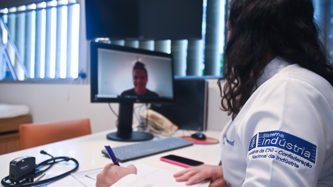 Serviços online do SESI ajudam empresas a atender legislação de saúde e segurança no trabalho
