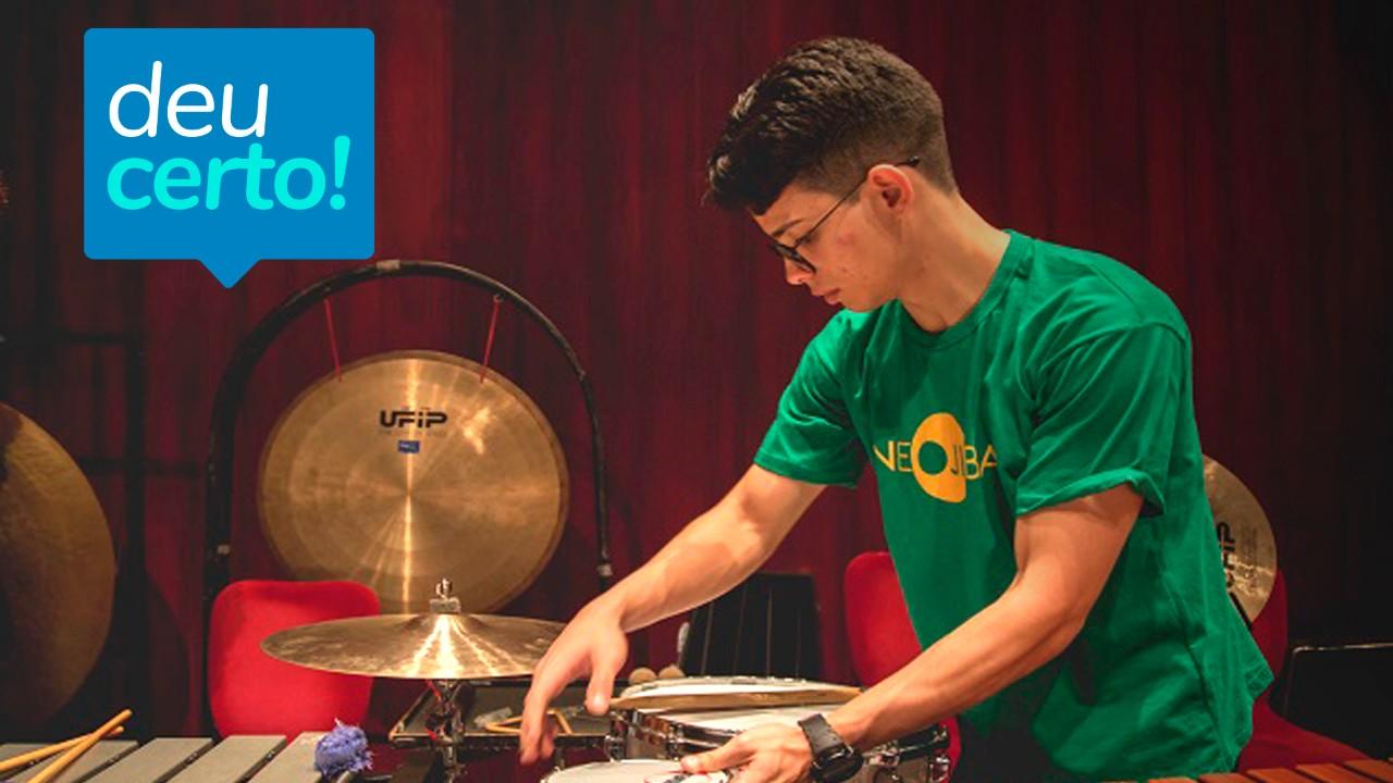 Ex-aluno do SESI recebe bolsa para estudar música e artes em Nova York