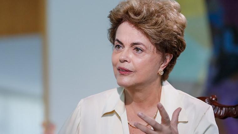 Dilma Rousseff recebe campeões da olimpíada mundial de profissões técnicas, nesta quarta-feira (02)
