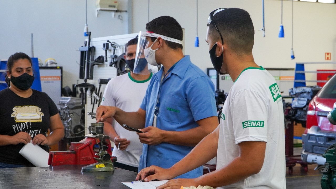 SENAI abre 33 mil vagas para cursos pelo país