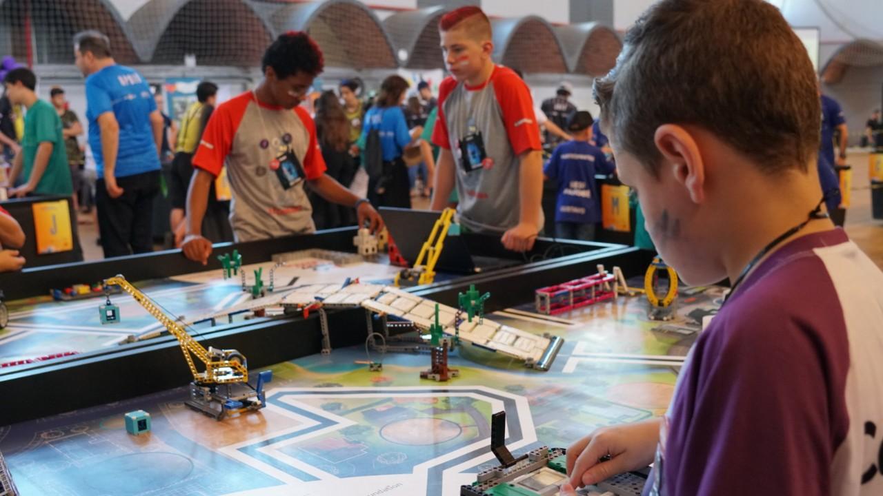 Valendo! Começa a etapa regional do Torneio SESI de Robótica