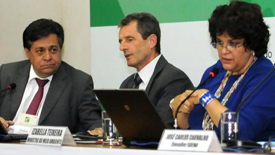 CNI apresenta propostas para diminuir burocracia de licenças ambientais ao Conama