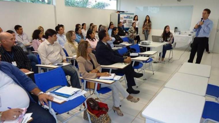 Sesi de Dourados detalha programa de inclusão de deficientes no mercado