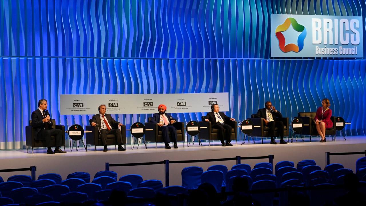 Líderes empresariais defendem medidas para melhor cooperação entre países do BRICS