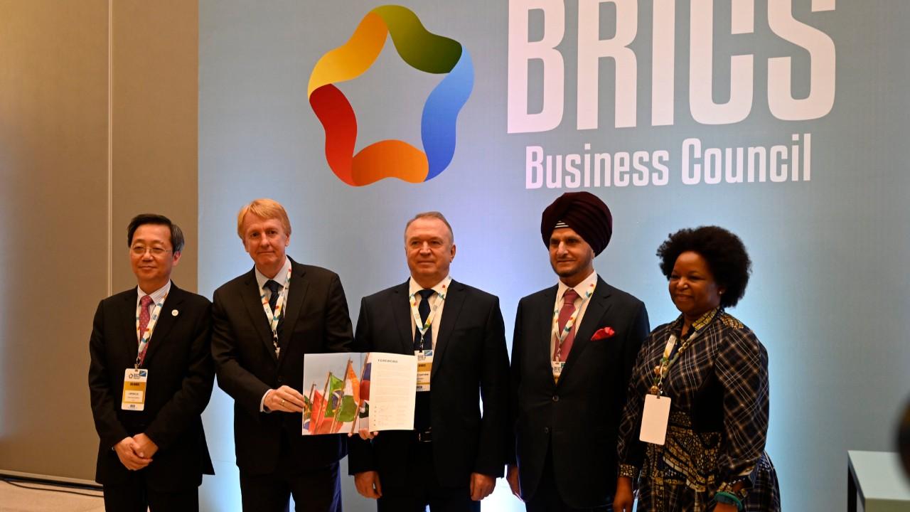 Empresários do BRICS apresentam 23 propostas para ampliar o comércio e facilitar investimentos