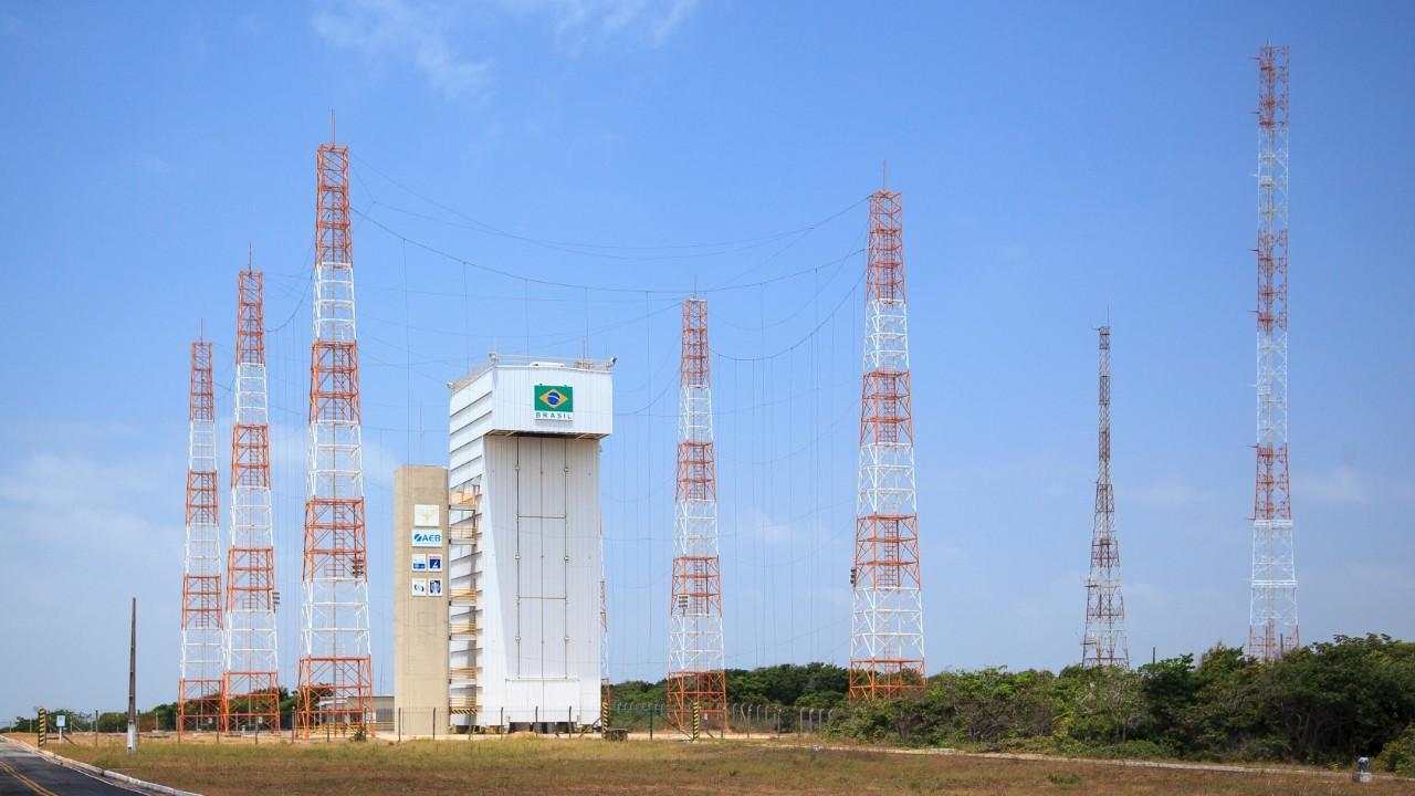 Acordo entre Brasil e Estados Unidos coloca o país no mercado de lançamento de satélites de mais de US$ 3 bilhões