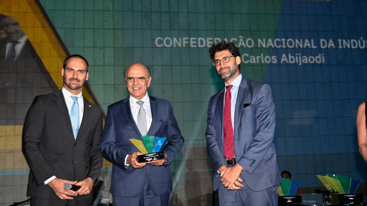 Fórum das Empresas Transnacionais Brasileiras, da CNI, ganha Prêmio Marco Maciel