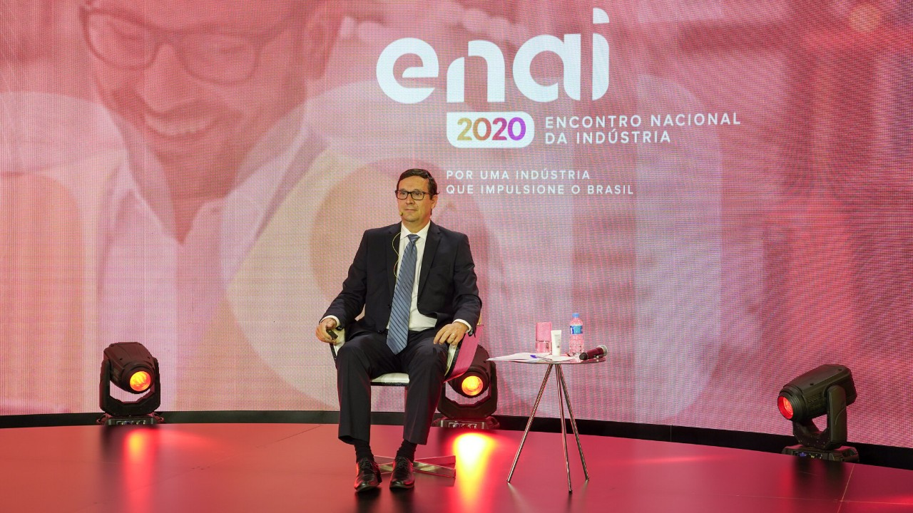Ajuste de contas, política industrial e cadeia produtiva são destaques do primeiro dia do ENAI