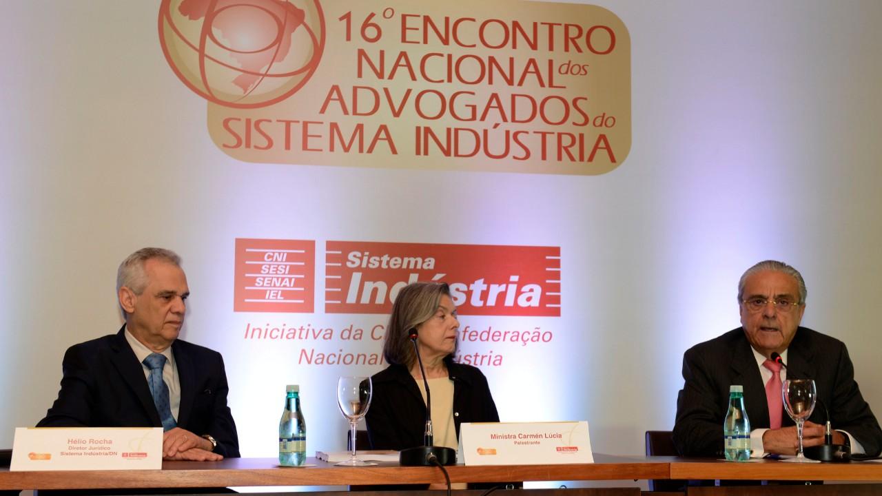 Sistema Indústria tem sido exemplo de boas práticas de governança, diz presidente da CNI