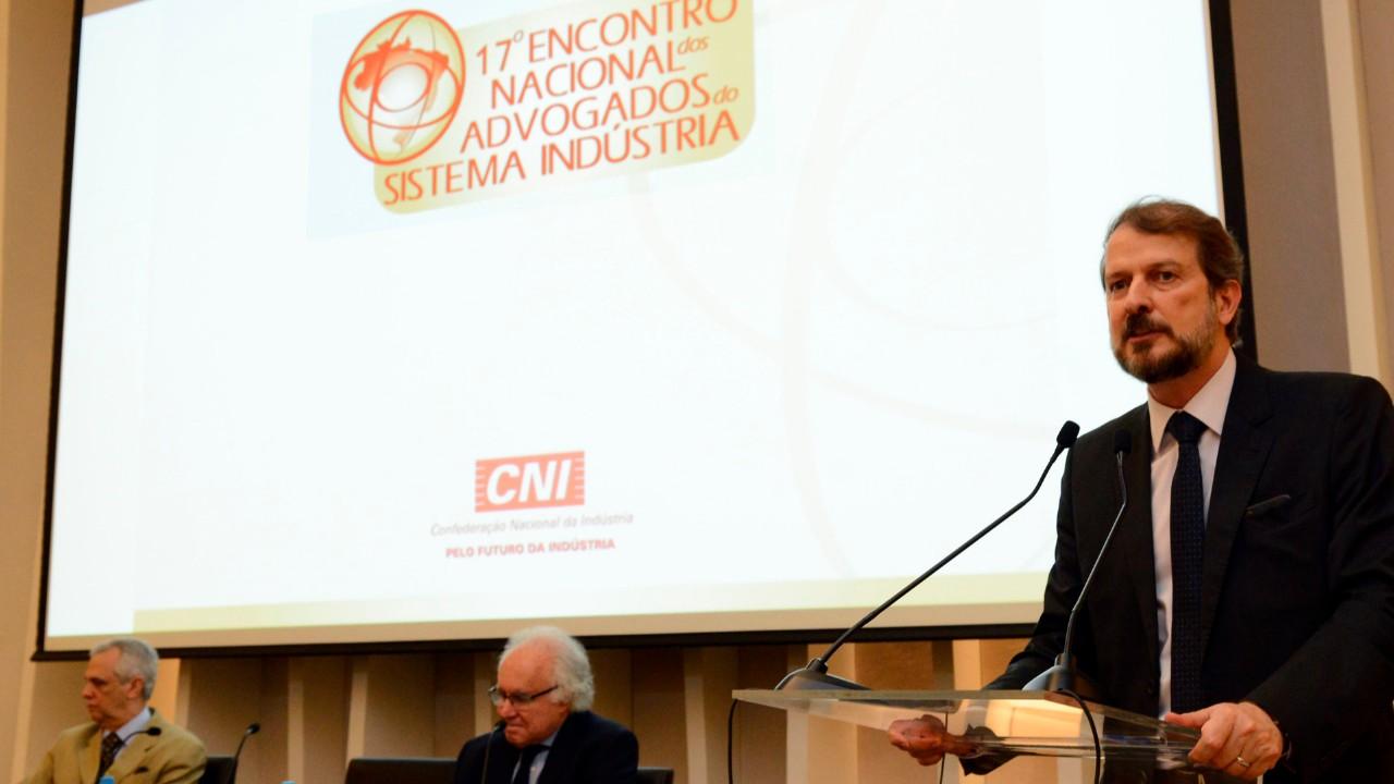 Inovação e uso de dados no direito alteram estratégia jurídica, diz Joaquim Falcão