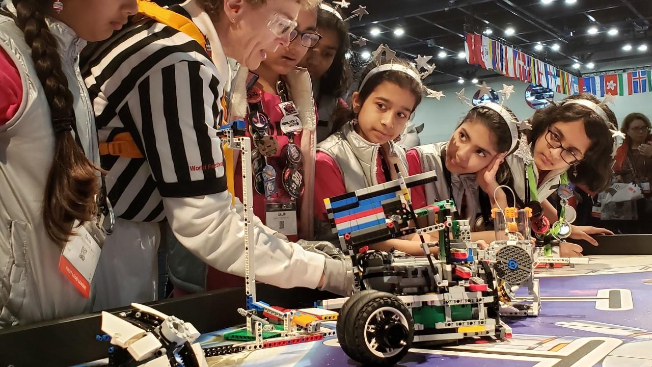 7 motivos para seu filho estudar robótica na escola